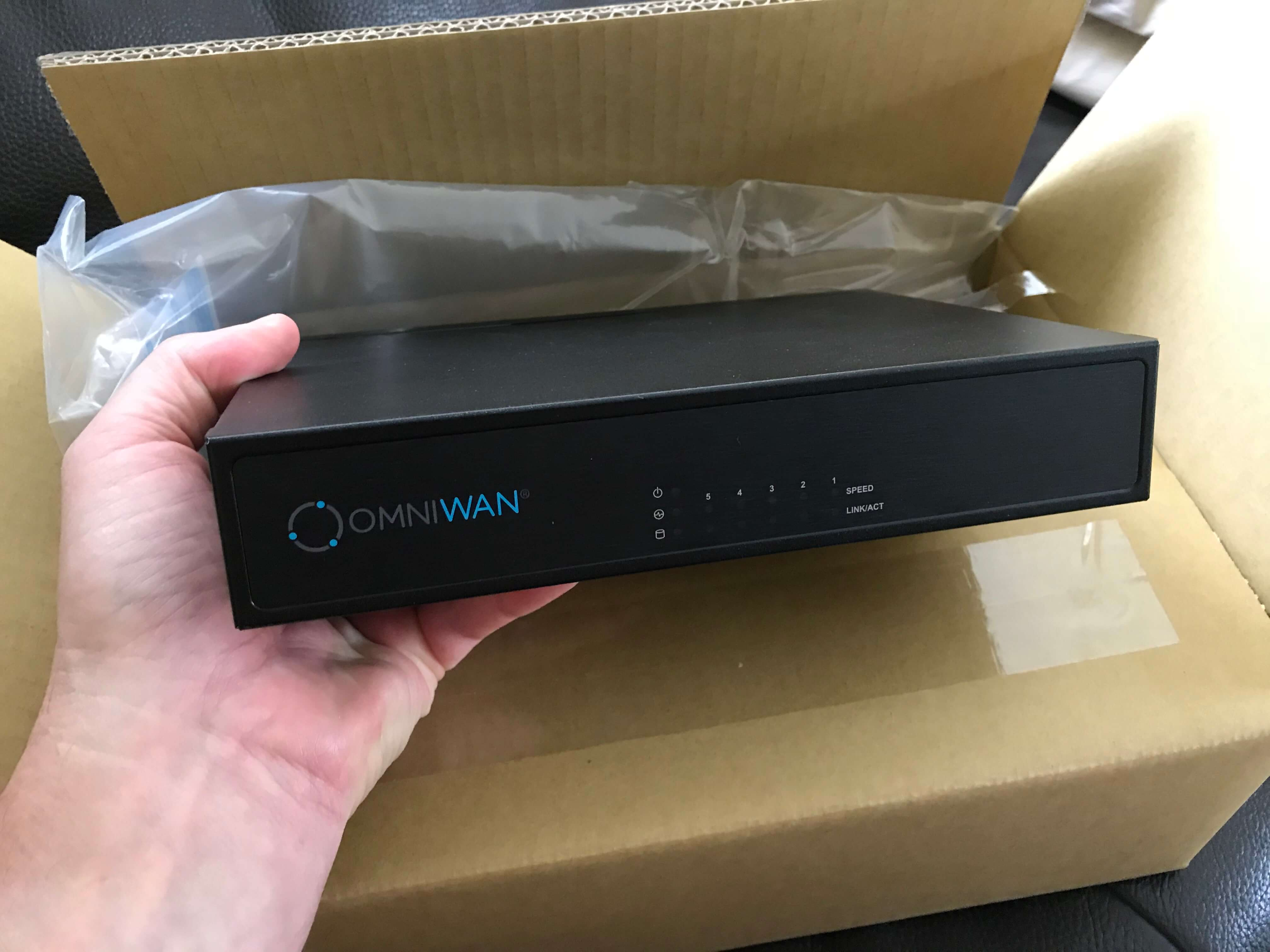 MDS OmniWAN box_3231