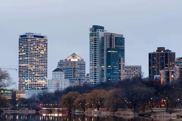 Milwaukee WI city skyline and trees rx