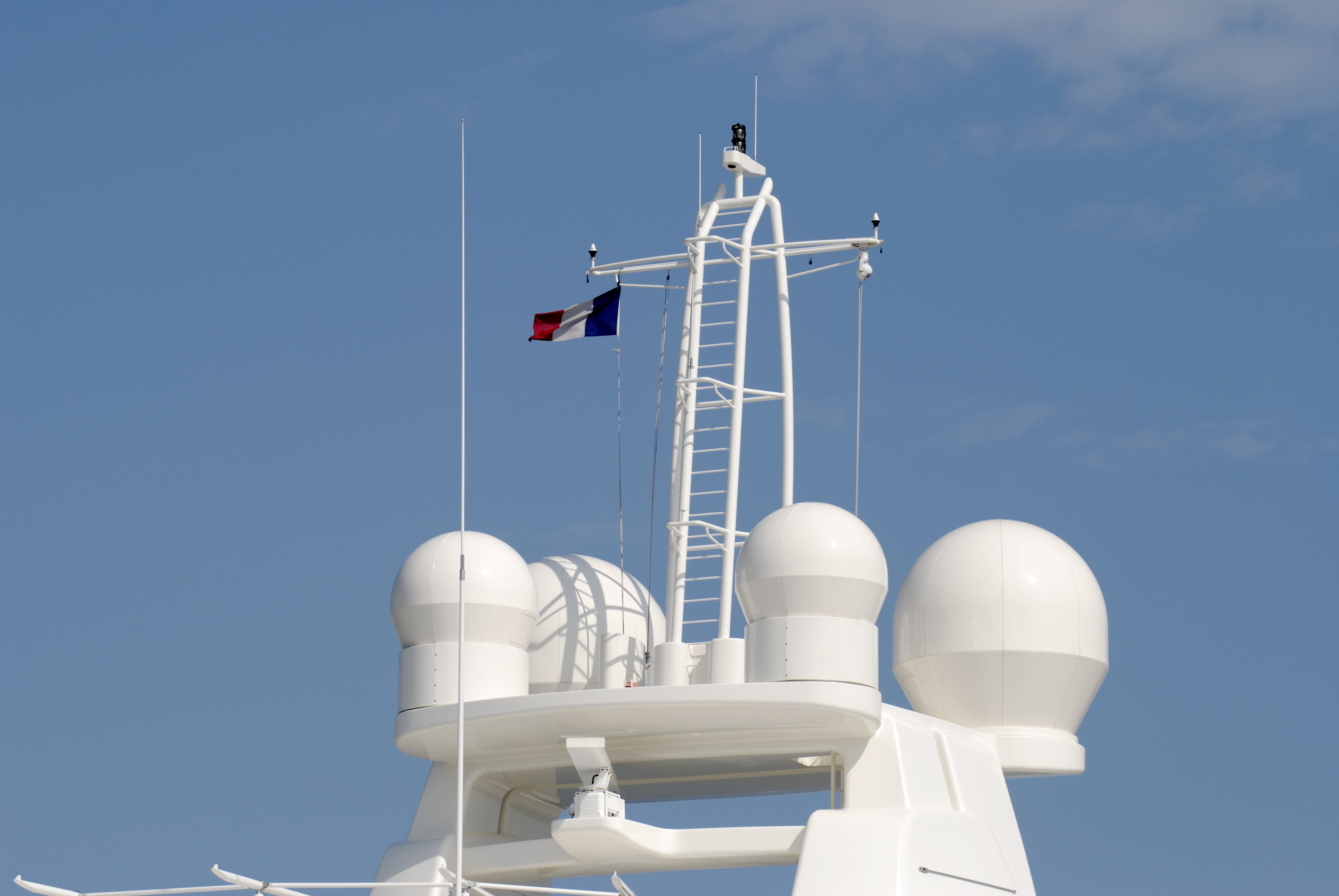superyacht comm tower cybersecure-1
